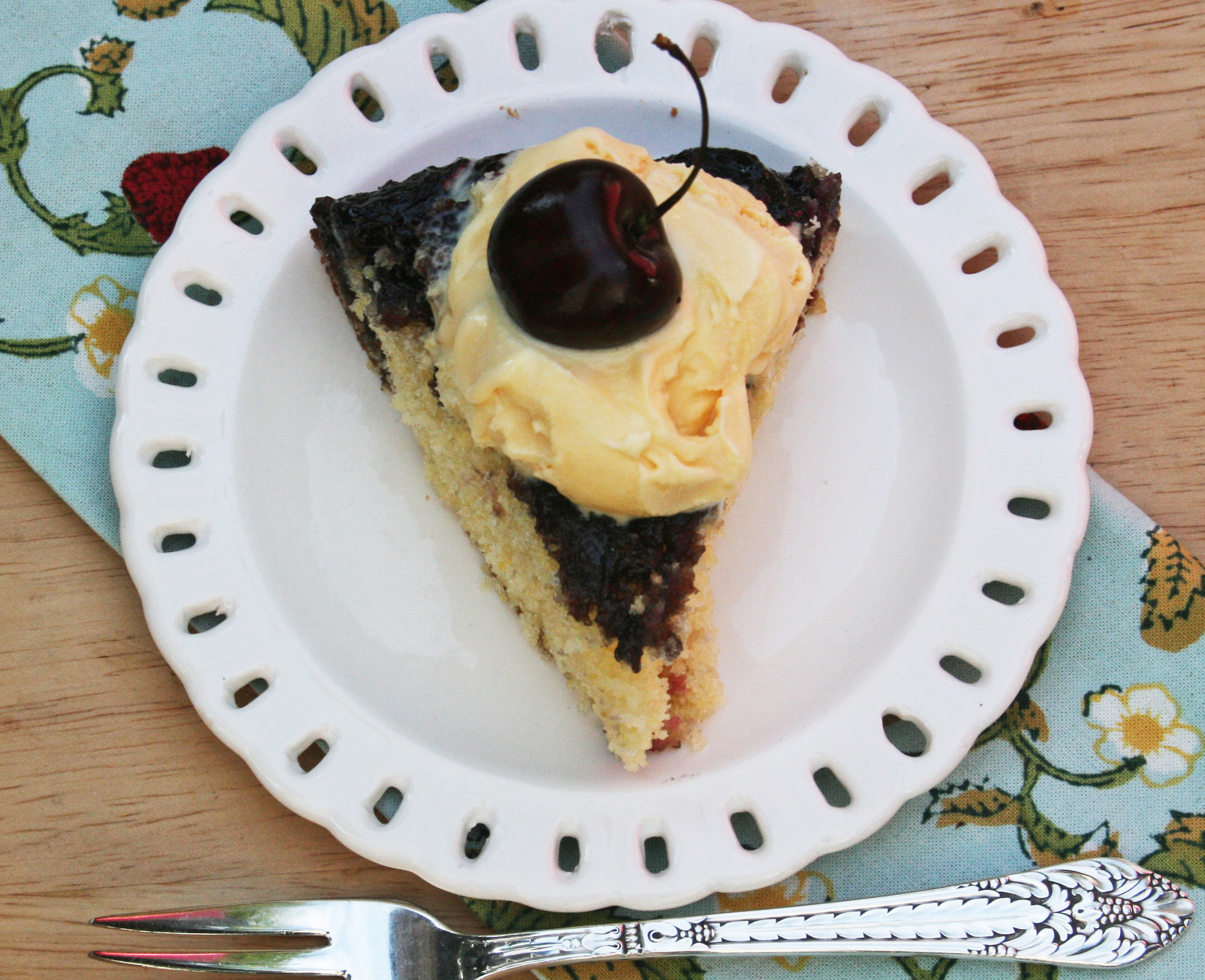 Hodgson Mill Recipe Blog | Cherry-Cornmeal Upside-Down Cake