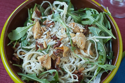 Gluten-free Linguine with Artichokes, Sun-dried Tomatoes, Arugula, pinenuts, and parmesan